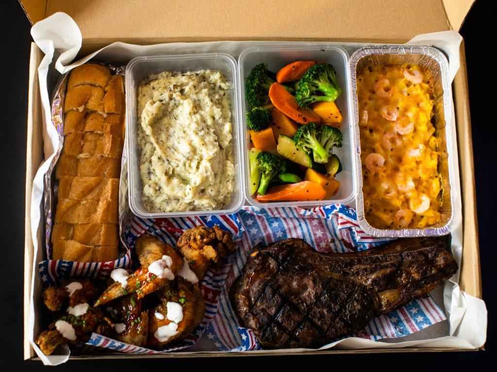 Bone-in Ribeye Steak Christmas Set